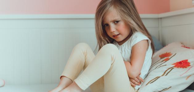 علاج ألم البطن عند الأطفال بالأعشاب