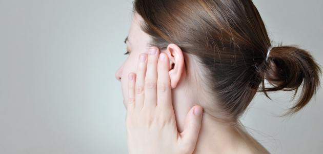 ما هي أعراض ورم العصب السمعي