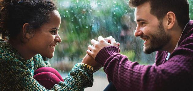كيف يعبر الرجل عن حبه