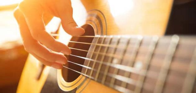 أسماء الآلات الموسيقية الوترية