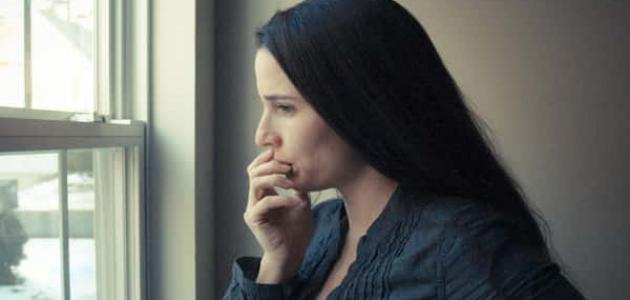 علامات-الاكتئاب-عند-المرأة/