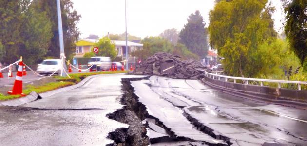 أسباب الزلازل