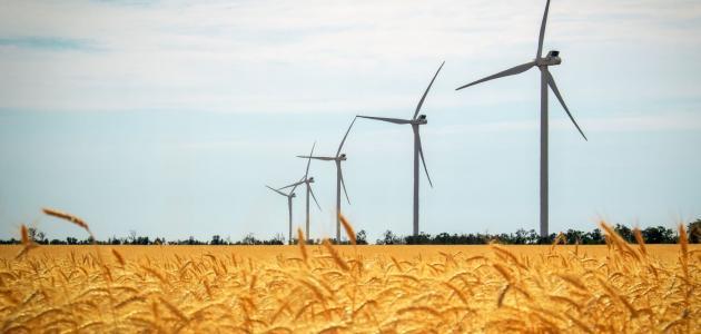 الفرق بين الطاقة المتجددة وغير المتجددة