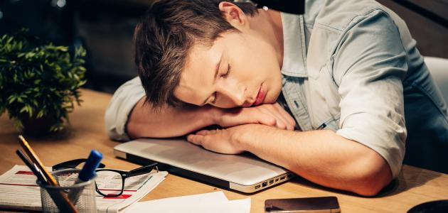 طرق علاج الخمول وكثرة النوم