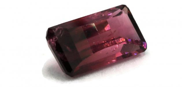 ما هو حجر التورمالين