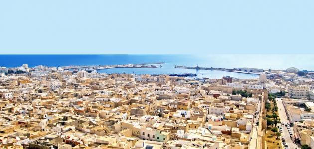 كم-تبلغ-مساحة-تونس/