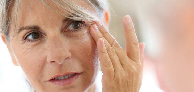 أسباب ارتخاء عضلات العين
