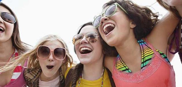 علامات سن المراهقة عند البنات