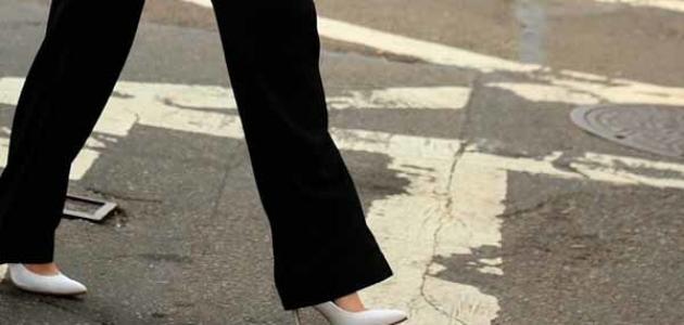 حكم لبس البنطال للنساء