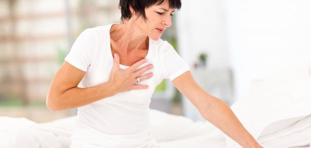 سبب وجود ألم في الجانب الأيمن من القفص الصدري