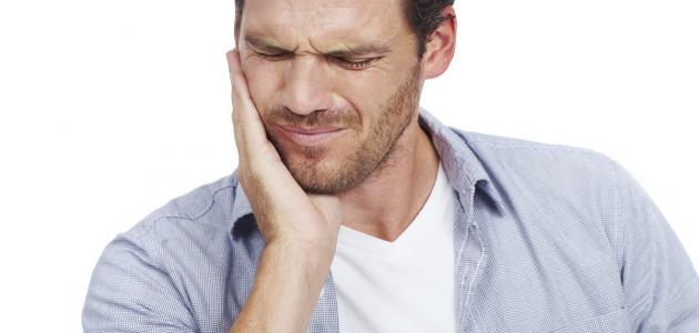 أسباب ألم الفك السفلي والأذن