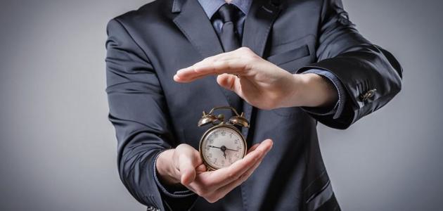 نص إقناعي عن أهمية الوقت