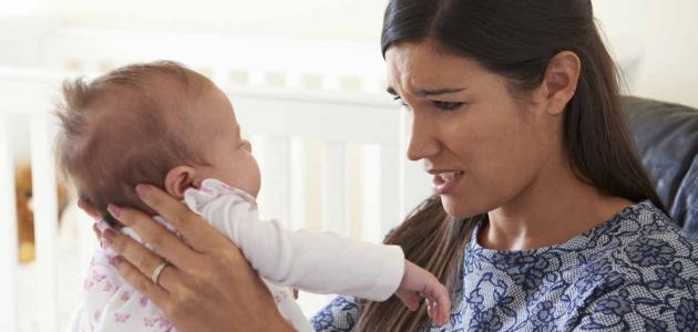 أسباب متلازمة هز الطفل الرضيع
