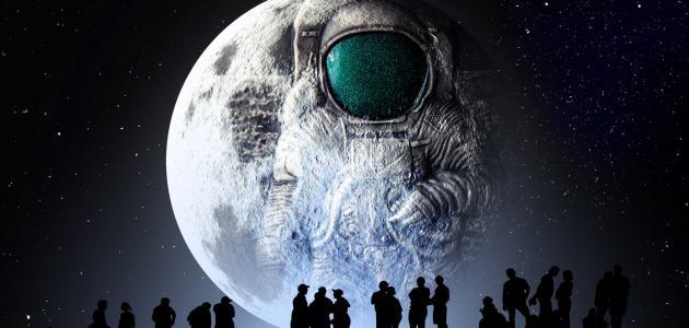 من أول إنسان صعد إلى القمر
