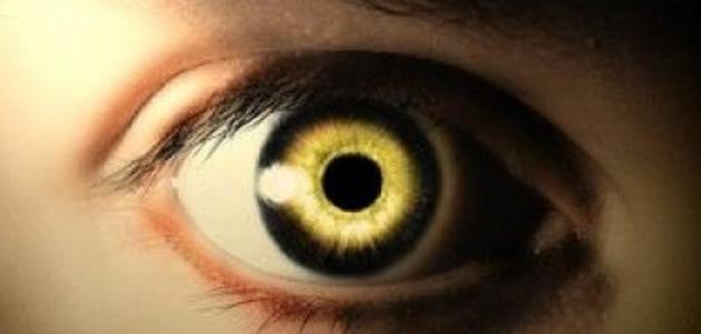 أعراض العين القوية