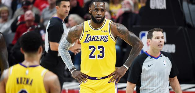 أشهر لاعبي كرة السلة في العالم