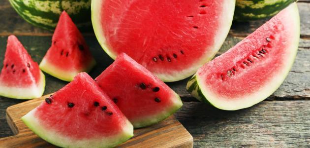 هل البطيخ يرفع السكر سطور