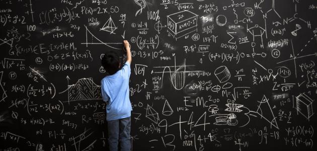 هل الرياضيات مطلقة أم نسبية