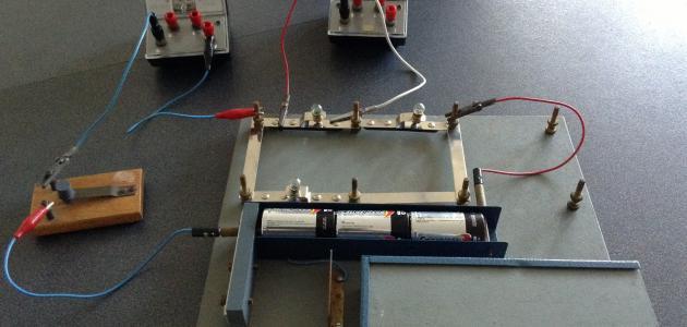 تعريف الدارة الكهربائية