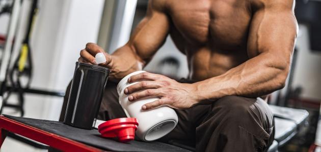 أفضل بروتين لتضخيم العضلات للمبتدئين