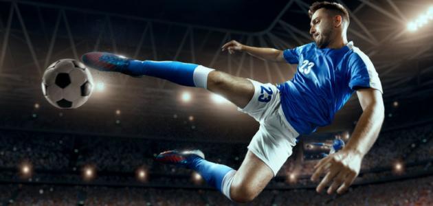 أطول لاعب كرة قدم في العالم