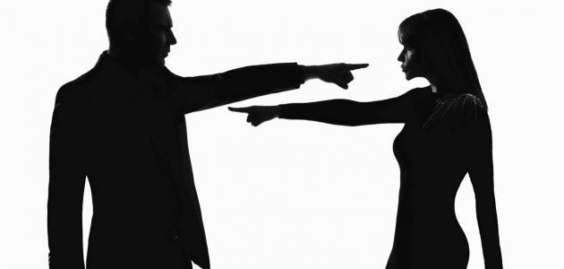 لماذا يستفز الرجل حبيبته