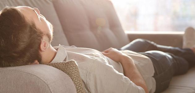 هل النوم أثناء الصيام يخفف من العطش