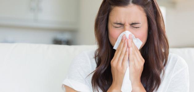 الفرق بين أعراض الإنفلونزا والكورونا