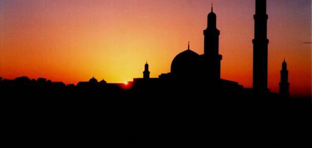 فضل الجلوس في المسجد بعد صلاة الفجر
