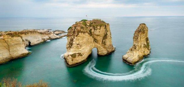 سطور عن لبنان وجمالها