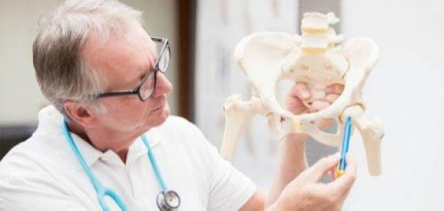 عملية استبدال مفصل الورك: أسباب إجرائها والنتائج المنتظرة منها