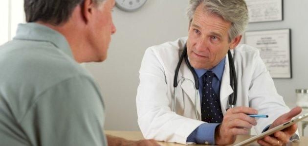 هل من توصيات لنمط غذائي وحياتي بعد استبدال مفصل الورك؟