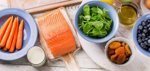 هل من توصيات لنمط غذائي وحياتي بعد استئصال الزجاجية؟