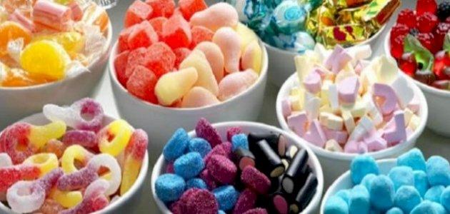 أطعمة تسبب تسوس الأسنان: تجنبها لحماية واستبدلها بهذه البدائل