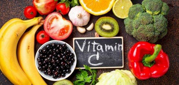 فيتامين C: هل يتشابه دوره وأهميته عند الإنسان والحيوان والنبات؟