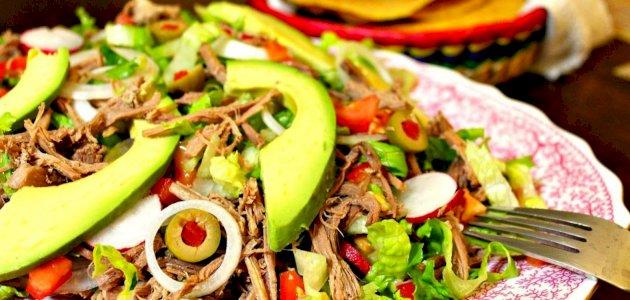 السلطة المكسيكية التقليدية: إليك أشهى وأسهل طرق التحضير