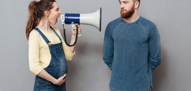 هل الصراخ يؤثر على الجنين؟