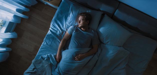 كيف أنام بسرعة في رمضان وأستغرق بالنوم العميق سطور