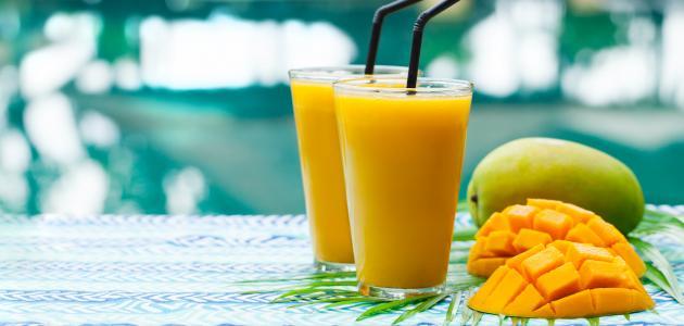 وصفات عصير مانجو بدقائق قليلة ونكهة لذيذة