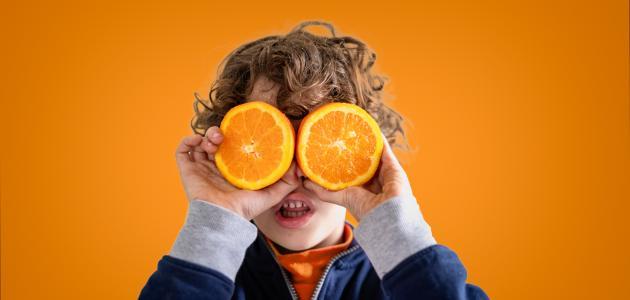 فيتامين سي للأطفال: الفوائد، المصادر والجرعات الآمنة