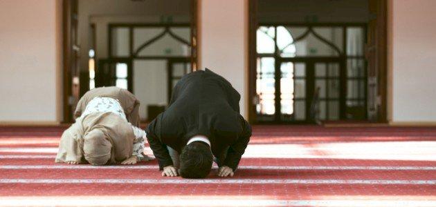 خطبة عن أهمية الصلاة ليوم الجمعة